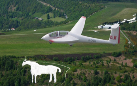 white-horse-with-glider-2
